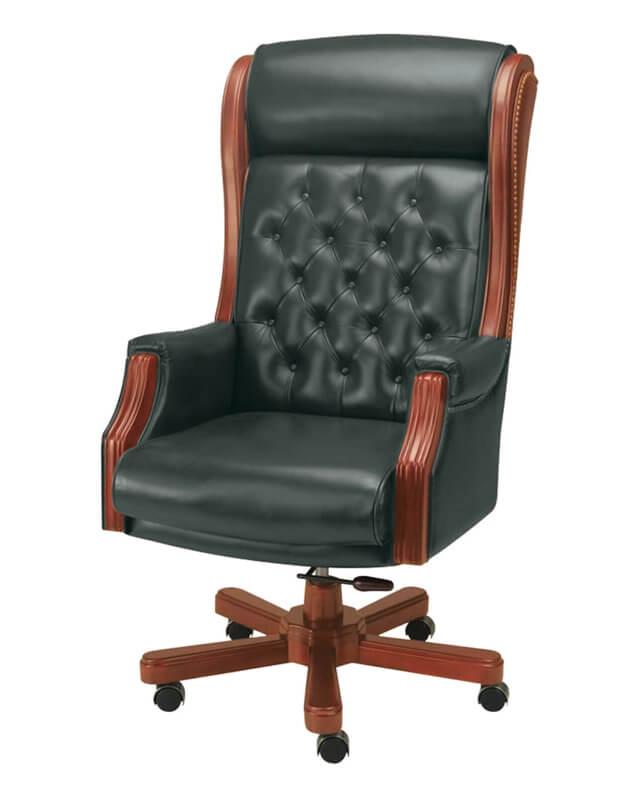 Перетяжка кресла руководителя
